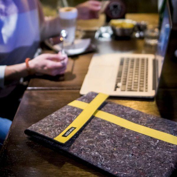 Eko obal na notebook sobi.eco