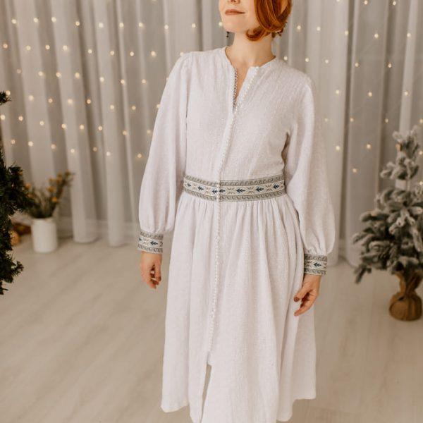 Dlhé mušelínové šaty Love Colors - pohľad na modelku zpredu