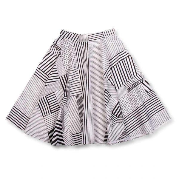 Vzorovaná čierno biela sukňa AWA Clothes