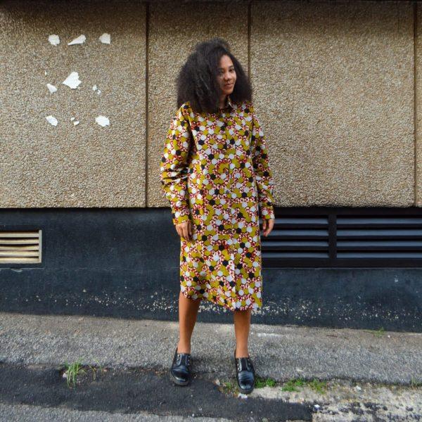 Košeľové šaty Ravenala Design na modelke