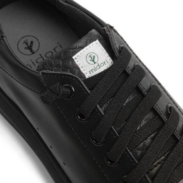 Detail na čierne tenisky midori z recyklovaného PET a gumy objednáte na SLOVFLOW