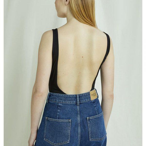 Čierne body s výstrihom na chrbte typu plavky z cerftifikovanej GOTS bavlny objednáte online na SLOVFLOW