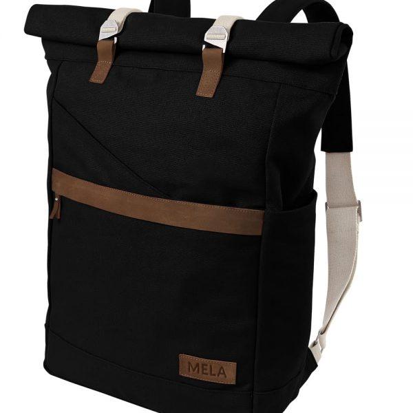 Rolovací ruksak čiernej farby z fairtrade bavlny