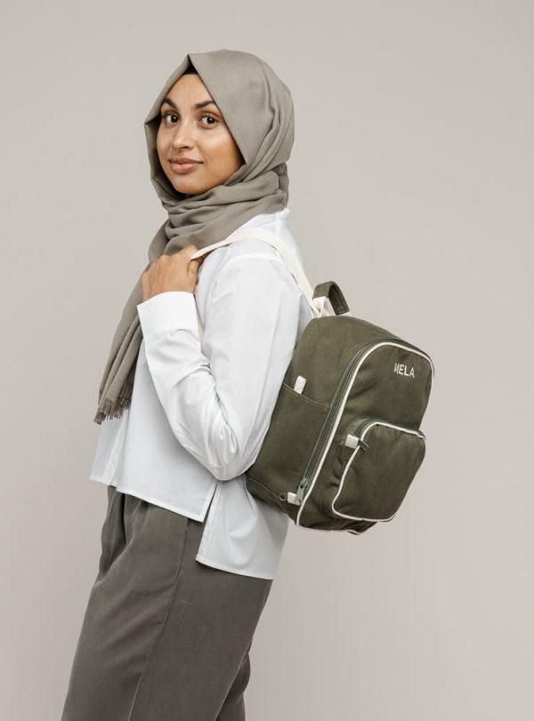Zelený dámsky mini ruksak z fairtrade bavlny objednáte na SLOVFLOW