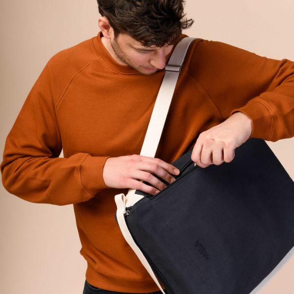 Modrá taška Melawear z organickej bavlny pre mužov