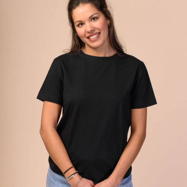 Čierne dámske tričko z certifikovanej bavlny objednáte online na SLOVFLOW
