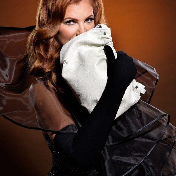 Biela kožená kabelka do ruky