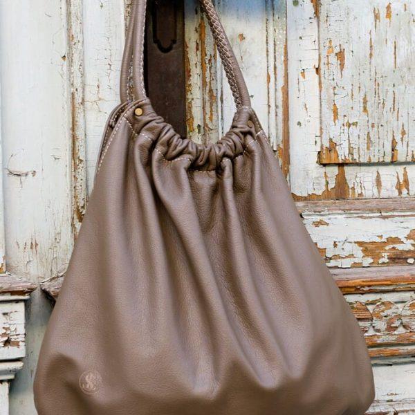 Hnedá veľká kabelka na remeno alebo do ruky od SussesBag
