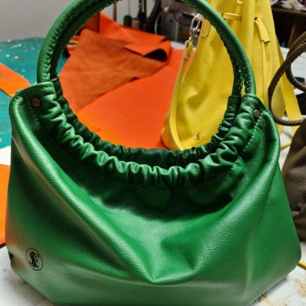 Zelená kožená kabelka do ruky od SussesBag